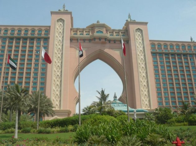 uae_atlantis