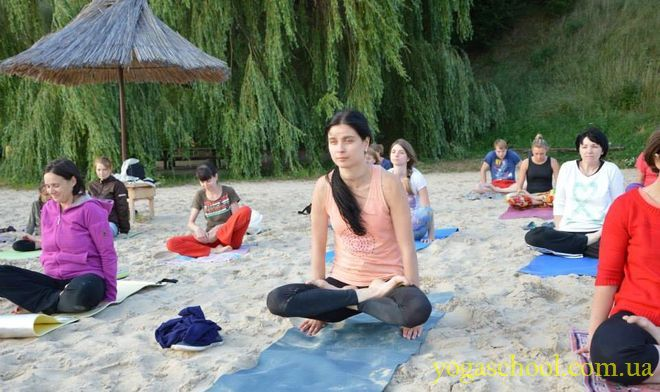 2015_07_7-17_yoga_retreat_03